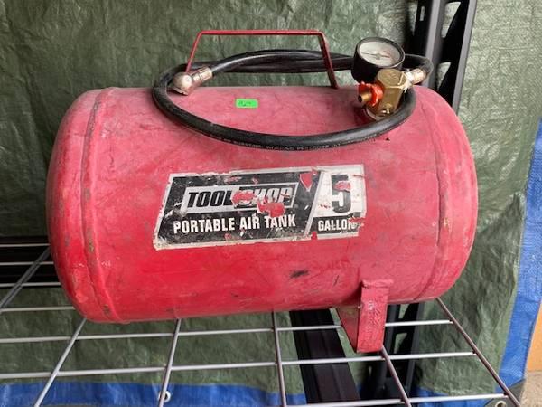 Photo Portable Air Tank - $25 (Eaton)
