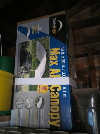 Photo Portable garage - $100 (Ft. Collins)