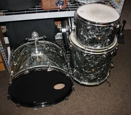 Photo Slingerland 6039s Drum set, BDP - $850 (drake)