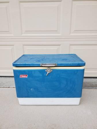 Photo Vintage Coleman metal cooler - $35 (West Greeley)