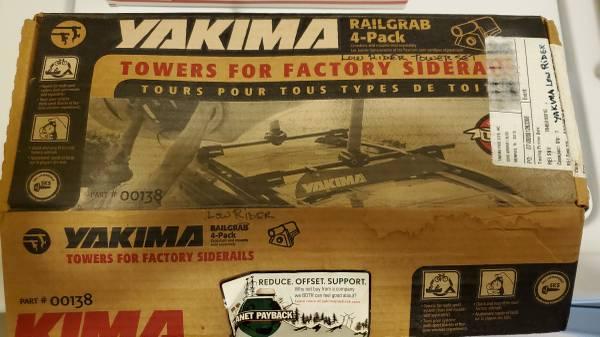 Photo Yakima RailGrabs 58quot Bars Roof Rack for vehicle side rails, Lockskey - $150 (Fort Collins)