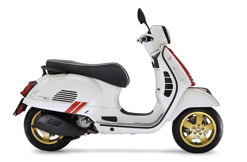 Photo 2021 Vespa GTS Super 300 HPE Racing Sixties $7299