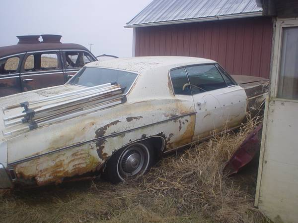 Photo 1968 Chevy Impala Custom 327 Auto - $1,500 (Pella,Iowa)