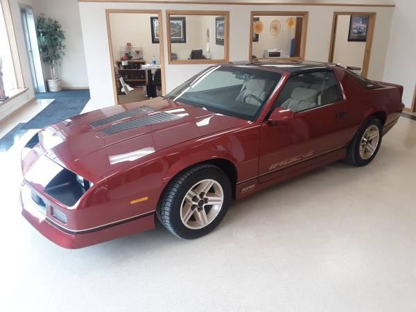 Photo 1986 Camaro IROC-Z - $16,900 (Rockwell City)