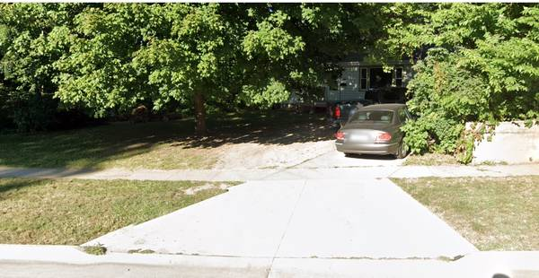 Photo 2 12 blocks to ISU Need 4th Roommate to share house (Ames)