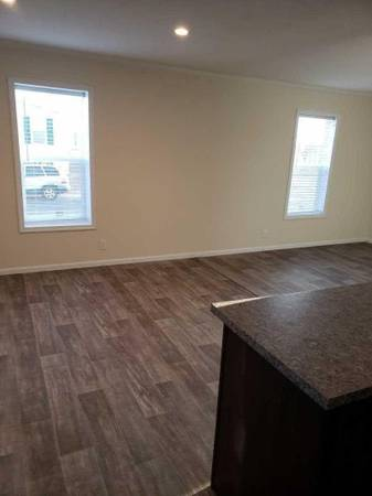 Photo 40 Gallon Hot Water Heater, Master Ensuite, Separate Dining Area (Just Steps from Benson Park)