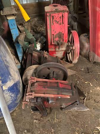 Photo 4 well jack pumps - $100 (Webster City)