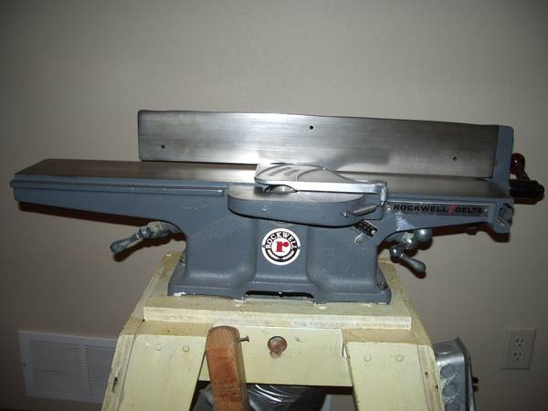 Photo Rockwell-Delta Deluxe Jointer -Made in USA - $375 (Owatonna)