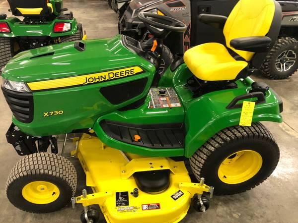 Photo SALE 2018 John Deere X730 lawn mower 60 deck excellent only 16 hours - $8950 (Newton)
