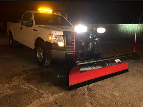 Photo VIRGIN SNOW PLOW TRUCK 2O1O FORD thats NEVER PLOWED SNOW PLOW - $11,999 (2O1O FORD w. LIKE NEW WESTERN ULTRA-MOUNT JUST INSTALLED)