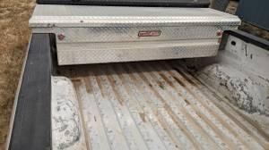 Photo Weather Guard diamond plate aluminum pickup tool box - $250 (Sioux City)