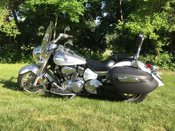 Photo Yamaha Stratoliner 2009 - $7,500 (Mankato)