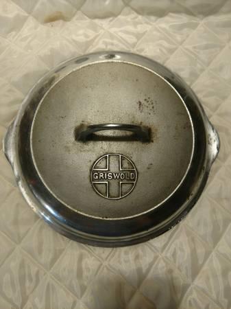 Photo grizwold 1098 8 self basting chrome plated lid - $25 (Webster City)