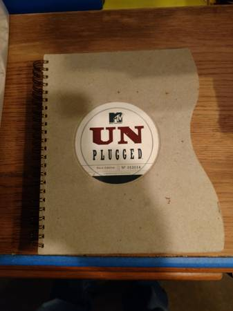 Photo led zeppelin and mtv unplugged books - $40 (Webster City)