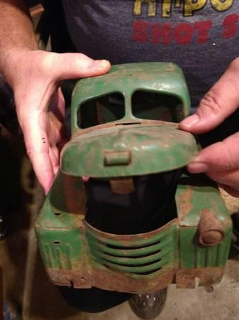 Photo toys - $25 (Webster City)