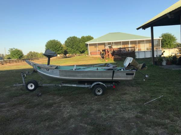 Photo 12 ft Sears gamefisher - $1500 (Ft myers)
