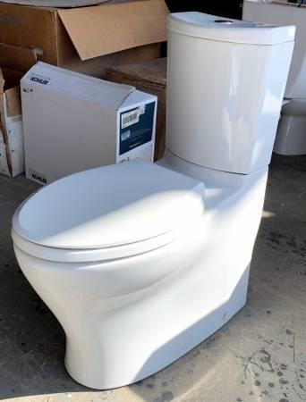 Photo 14quot Wide White Kohler Toilet Model K-3723-0 W 2 Button Flush - Used - $199 (Bonita Springs)