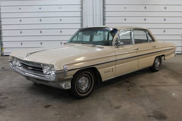 Photo 1961 Oldsmobile 98 Town Sedan - $17,900 (port charlotte)