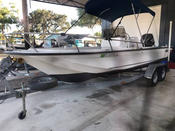 Photo 1988 Wahoo 21 Ft Center Console Yamaha 150 Hp - $8000 (Punta Gorda)