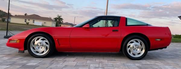 Photo 1996 C-4 Red Corvette - $11999 (Cape Coral)