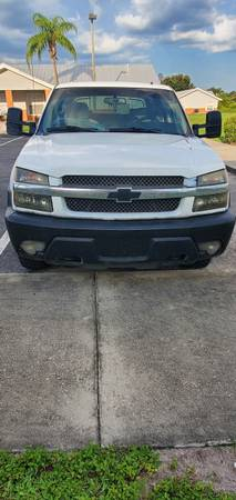 Photo 2002 chevy avalanche OBO - $4,500 (Labelle)