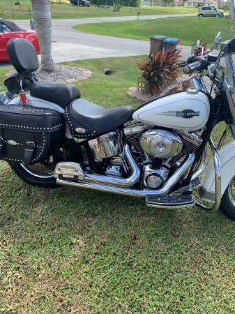 Photo 2006 Harley Davidson Heritage Softail Classic - $6,000 (Cape Coral)