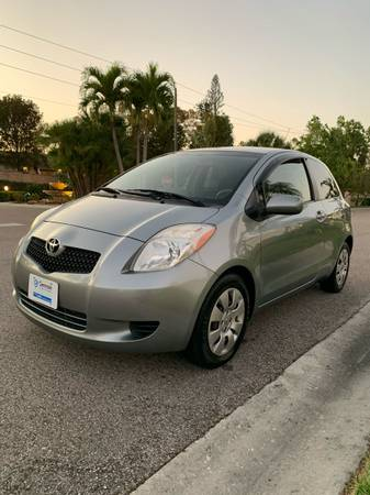 Photo 2008 Toyota Yaris, 5speed manual trans - $3500 (Fort Myers)