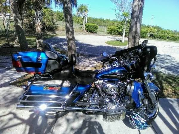 Photo 2008 ultra classic electra glide - $8,600 (FORT MYERS)