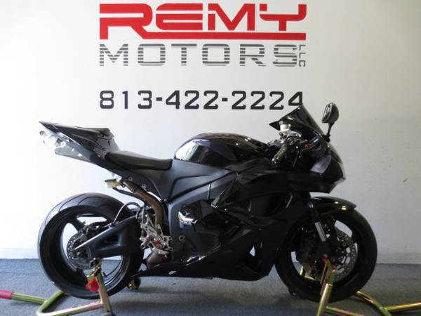 Photo 2009 Honda CBR 600RR Low Miles FINANCING Available - $5,899 (Riverview)