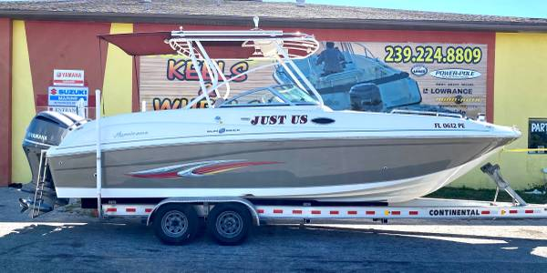 Photo 2011 Hurricane SunDeck 2700 - Twin Yamaha 250hp Outboards - Loaded  - $52850 (Priced Right in Punta Gorda)