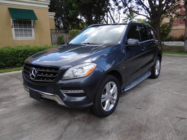 Photo 2012 MERCEDES BENZ ML350 DIESEL AWD 87K NO ACCIDENT LIKE NEW CLEAN FL - $16,900 (Fort Myers)