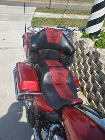 Photo 2013 Harley Davidson Ultra Classic - $14,500 (Cape Coral)