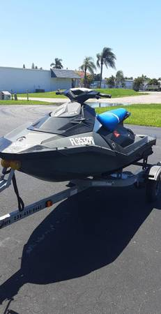Photo 2014 SEADOO SPARK 90 HO 3 SEATER - $2000 (FORT MYERS)