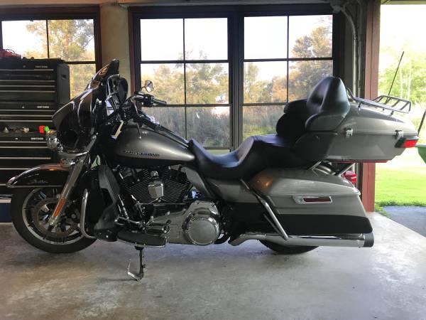 Photo 2016 Harley Davidson Ultra Limited low - $17,900 (ROTONDA WEST)