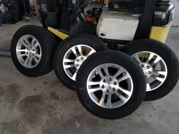 Photo 2017 Chevrolet Silverado 18 inch Rims - $400 (N ft Myers)