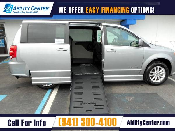 Photo 2019 Dodge Grand Caravan Wheelchair Van Handicap Van - $39,900 (5611 S. Tamiami Trail, Sarasota, FL 34231)