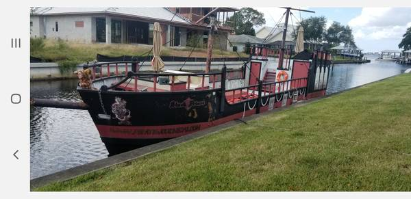 Photo 50ft Custom composit Pirate Ship 49 passenger Cumminsjet - $50500 (Ft myers)