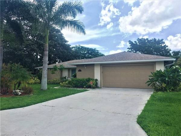 Photo 5227 Selby Dr, Fully renovated TurnkeyFurnished (5227 Selby Dr, Fort Myers, FL)
