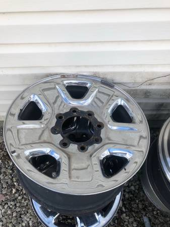 Photo 8Lug truck wheels 25003500 Dodge ram - $150 (Naples)