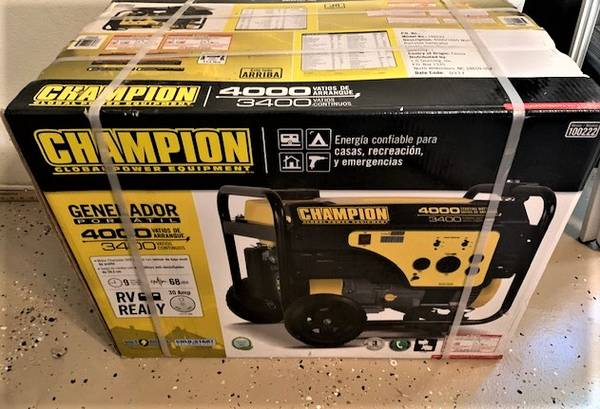 Photo BRAND NEW Chion 40003400 watt portable generator Model 100222 - $350 (Naples)