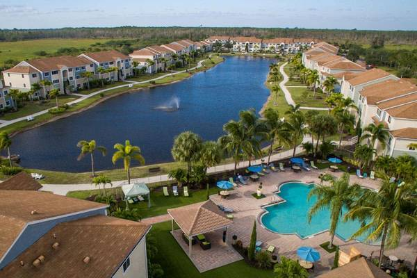 Photo Beautiful 2 Bedroom Apartment Home (7500 Omni Lane Fort Myers, FL)