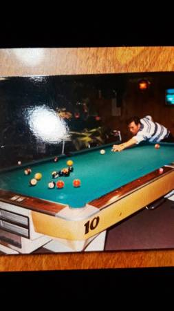 Photo Brunswick Goldcrown Pool Table - $1,250 (Fort Myers)