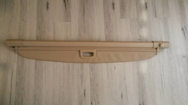 Photo CARGO Mercedes Benz R 350 LIKE NEW Retractable Cargo Cover - $35 (Cape Coral Fl)