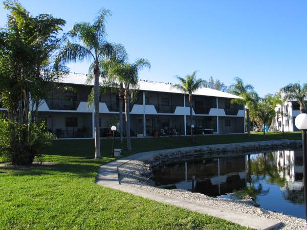 Photo Call or come by - See our beautiful waterfront views 1 bed  1 bath (Fort Myers)