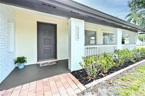 Photo Charming 3 Bedroom  2 Bath Ranch Home on historic and trendy McGregor (Fort Myers)
