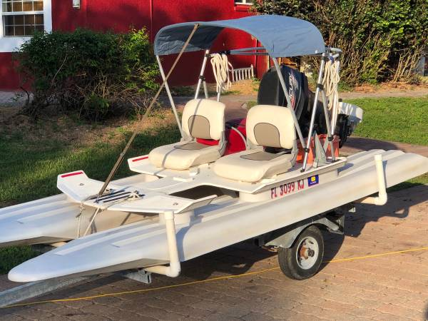 Photo Craig Cat fishing boat pontoon cruiser water ready - $4,500 (Marco island)