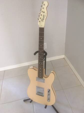 Photo Fender Hybrid Custom White Telecaster Guitar - $555 (Marco Island)