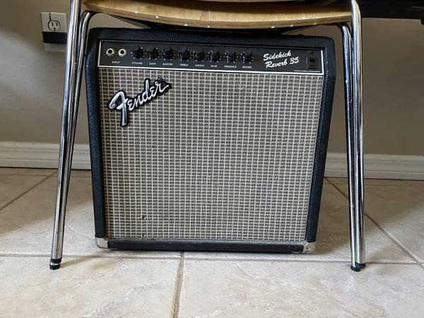 Photo Fender Sidekick Reverb 35 Amp - $225 (Naples)