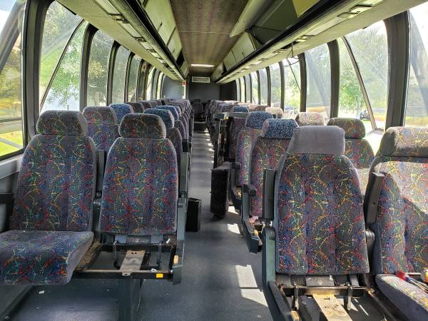 Photo Greyhouns Bus seats (North Fort Myers)