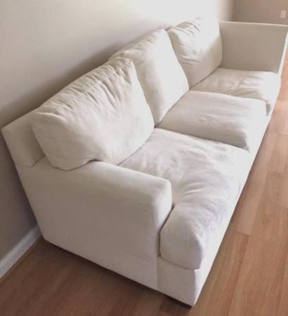 Photo LARGE WHITE Z GALLERIE COUCH - $225 (Naples)